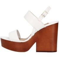 Chaussures Femme Sandales et Nu-pieds The Seller S5412 Sandale Femme blanc blanc