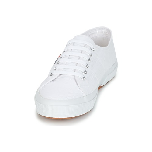 Classic Superga Basses 2750 Baskets Blanc qUzMVSp