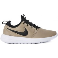 Chaussures Homme Baskets basses Nike ROSHE TWO     75,8