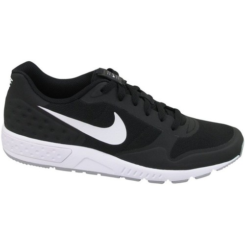 Chaussures Homme Baskets basses Nike Nightgazer LW SE Blanc-Noir