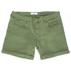 Vêtements Femme Shorts / Bermudas Le Temps des Cerises Short Janka Kaki Vert