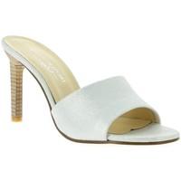 Chaussures Femme Sandales et Nu-pieds Elizabeth Stuart Nu pieds cuir laminé Blanc