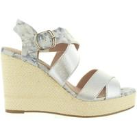 Chaussures Femme Sandales et Nu-pieds Refresh 63299 Plateado