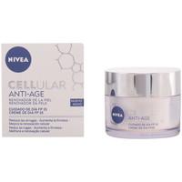 Beauté Femme Hydratants & nourrissants Nivea Cellular Anti-age Day Cream Spf15  50 ml