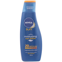 Beauté Protections solaires Nivea Sun Protege&hidrata Leche Spf20  200 ml