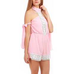 Vêtements Femme Combinaisons / Salopettes La Modeuse Combishort rose col chocker en crochet Rose