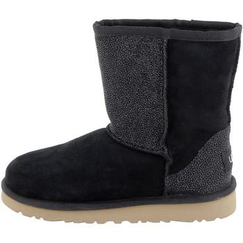Chaussures Fille Bottes de neige UGG Botte  Classic Short Serein (Noir) Noir