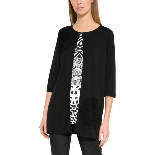 Vêtements Femme Gilets / Cardigans Desigual T Shirt Bucarest Noir 17WWTKE0