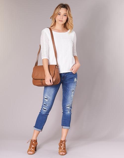 Vêtements Femme Tops / Blouses Betty London INNATI Blanc