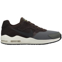 Chaussures Homme Baskets basses Nike Air Max Guile Braun