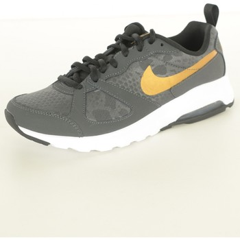 Chaussures Femme Baskets basses Nike Baskets Cuir Air Max Muse  - les NOIRS