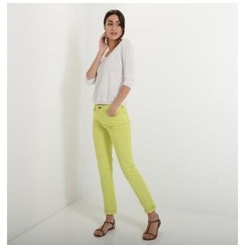 Vêtements Femme Jeans slim Armani jeans DAHLIA J18 Citron Vert