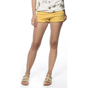 Vêtements Femme Shorts / Bermudas Deeluxe Short Curry curry