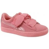 Chaussures Fille Baskets basses Puma Suede Heart SNK Jr rose