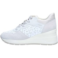 Chaussures Femme Baskets basses Geox D828LC8522 Basket Femme White / White Off White / White Off