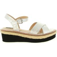 Chaussures Femme Sandales et Nu-pieds MTNG 55409 MELINDA Plateado