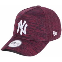 Accessoires textile Homme Casquettes New Era Engineered Fit NY Red Rouge