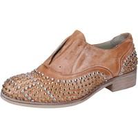 Chaussures Femme Derbies Onako' chaussures femme ONAKO' élégantes marron cuir borchie BZ628 marron