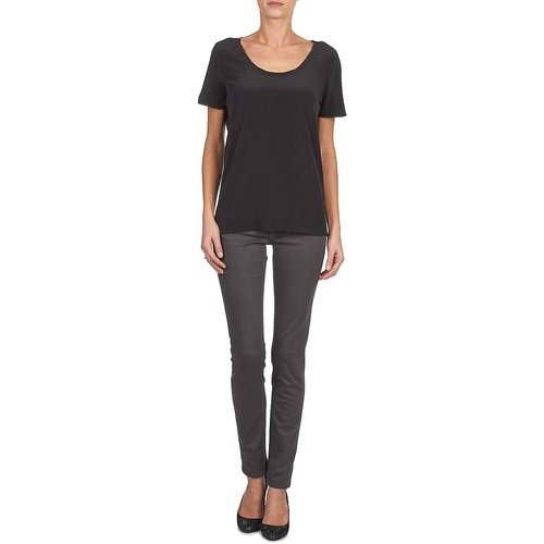 WAGMAR SILK  Calvin Klein Jeans  t-shirts manches courtes  femme  noir
