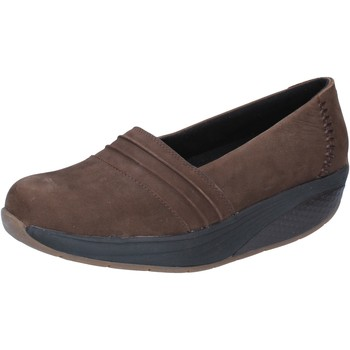 Chaussures Femme Mocassins Mbt chaussures femme  slip on mocassins marron nabuk performance BY6 marron