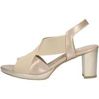 Chaussures Femme Sandales et Nu-pieds Comart 772495 D BEIGE