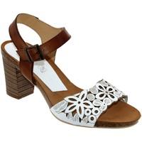 Chaussures Femme Sandales et Nu-pieds Xapatan 8099 Blanc/marron cuir