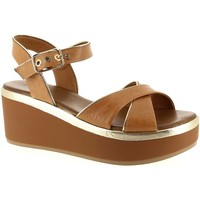 Chaussures Femme Sandales et Nu-pieds Inuovo 8669 Camel