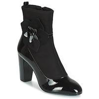 Chaussures Femme Bottes ville André MAGDALENA Noir