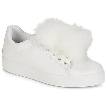 a4fd10d2ed60be Chaussures Femme Baskets basses André POMPON Blanc