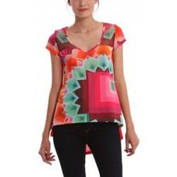 Vêtements Femme T-shirts manches courtes Desigual T-shirt Yury 41T2563 Rouge