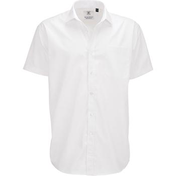 Vêtements Homme Chemises manches courtes B And C SMP62 Blanc
