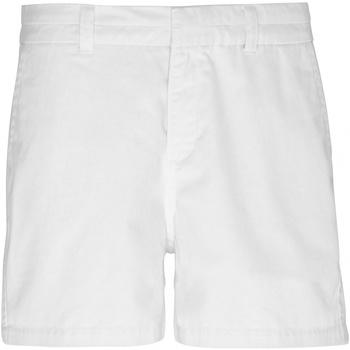 Vêtements Femme Shorts / Bermudas Toutes les chaussures femme Classic Blanc
